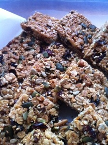 Granola bars (almost healthy!)